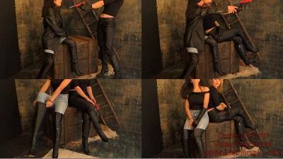 girl-in-leather-pants-boots-overknee-leather-gloves-12.jpg